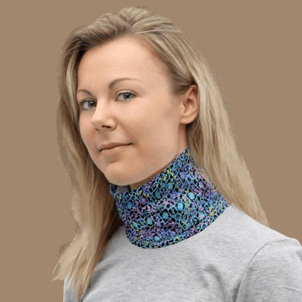 Electric Lace Neck Wrap